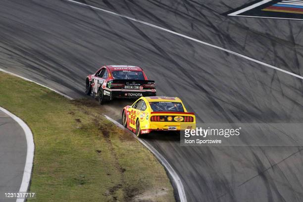 Christopher Bell, Joe Gibbs Racing, Toyota Camry Rheem, #22: Joey Logano, Team Penske, Ford Mustang Shell Pennzoil during the running of the O'Reilly...