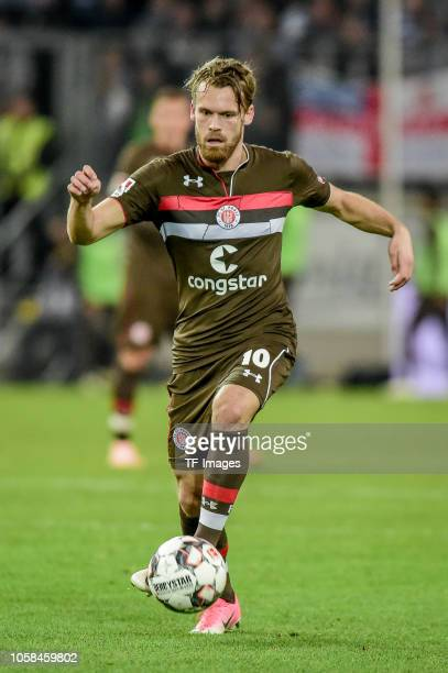 Christopher Buchtmann of St Pauli controls the ball during the Second Bundesliga match between MSV Duisburg and FC St Pauli at...
