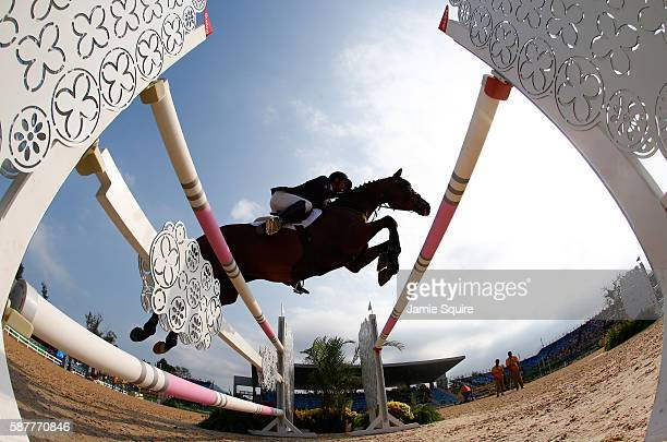 Christopher Burton of Australia riding Santano Ii during the eventing team jumping final and individual qualifier on Day 4 of the Rio 2016 Olympic...