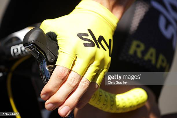 Christopher Froome of Great Britain riding for Team Sky in the yellow leader's jersey prepares to start during stage fifteen of the 2016 Le Tour de...