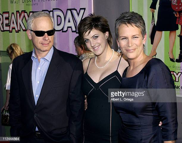 Christopher Guest Annie Jamie Lee Curtis during Premiere of Freaky Friday at El Capitan Theater in Hollywood California United States