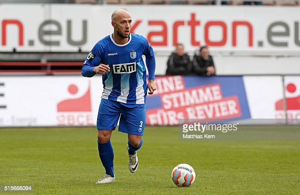 Christopher Handke of Magdeburg runs with the ball during the third league match between FC Energie Cottbus and 1.FC Magdeburg at Stadion der...