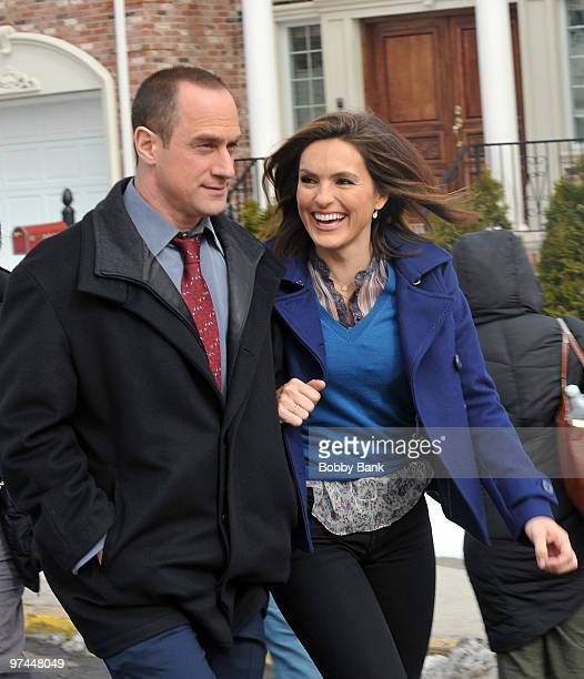 Christopher Meloni and Mariska Hargitay on location for Law Order SVU on the streets of Fort Lee NJ on March 4 2010 in Fort Lee City