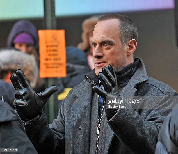 Christopher Meloni on location for Law Order SVU on the streets of Manhattan on January 6 2010 in New York City