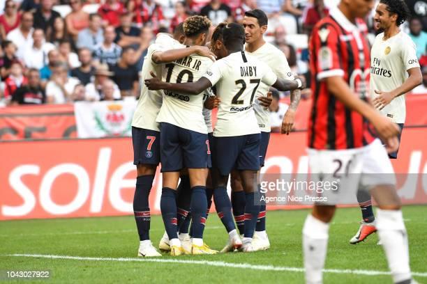 Christopher Nkunku of PSG celebrate his goal with his teammates during the Ligue 1 match between Nice and Paris Saint Germain at Allianz Riviera...