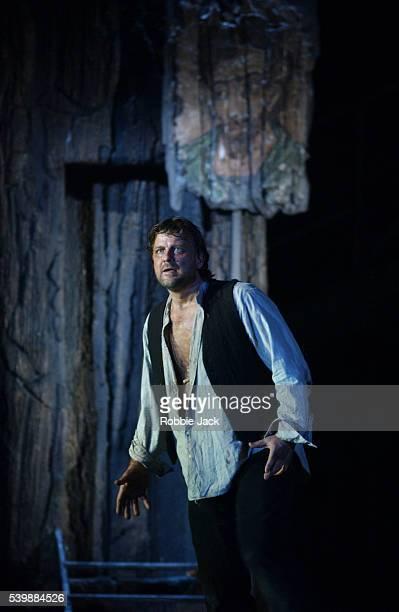 christopher ventris in the greek passion in london - robbie jack stock-fotos und bilder