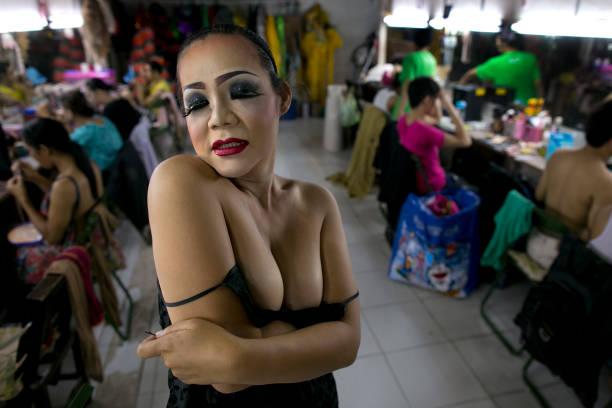 Ladyboy show phuket thailand-5108