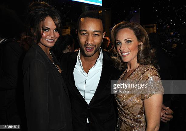 Christy Teigen John Legend and Marlee Matlin attend the COMEDY CENTRAL Roast of Donald Trump at the Hammerstein Ballroom on March 9 2011 in New York...