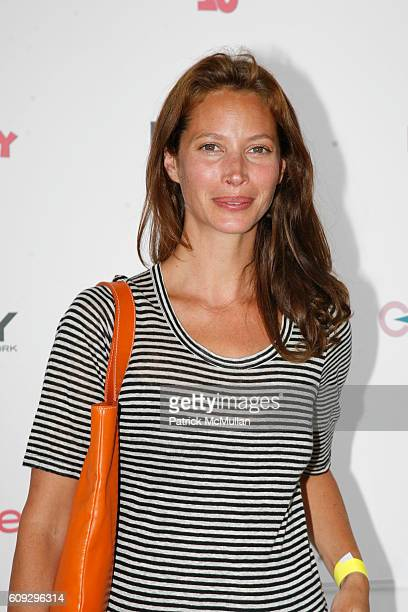 Christy Turlington attends KELLY RIPA DONNA KARAN and INSTYLE Host SUPER SATURDAY 10 To Benefit The Ovarian Cancer Research Fund at Nova's Ark...
