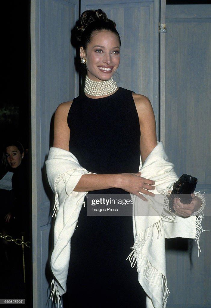 1992 Metropolitan Museum of Art's Costume Institute Gala : News Photo
