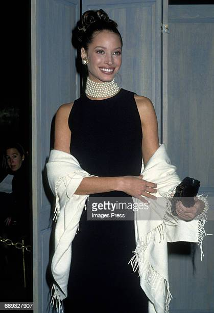Christy Turlington attends the 1992 Metropolitan Museum of Art's Costume Institute Gala circa 1992 in New York City