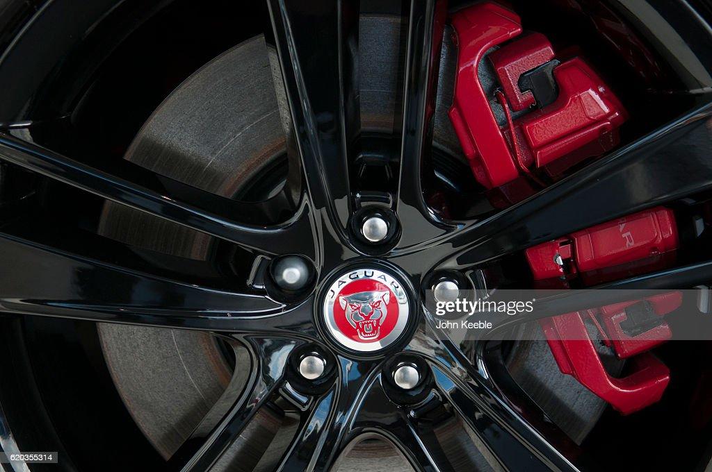 Jaguar Car Logo : News Photo