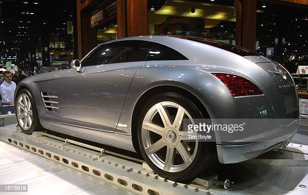 Us Auto Show Chrysler Crossfire Stock Photos And Pictures Getty Images