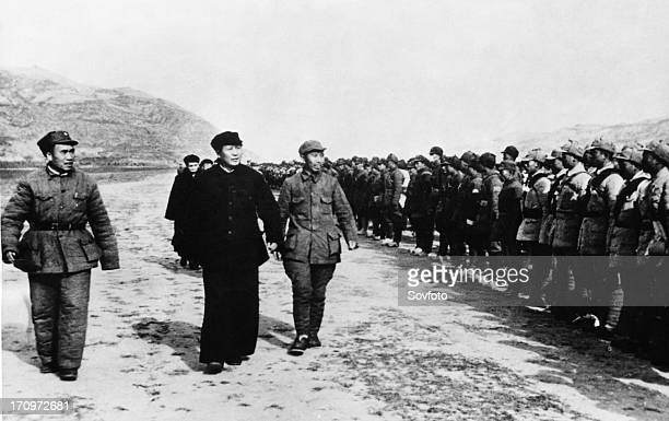 Chu te far left and mao tse tung review communist troops in yenan stronghold before they leave to go behind enemy lines sinojapanese war october 1944