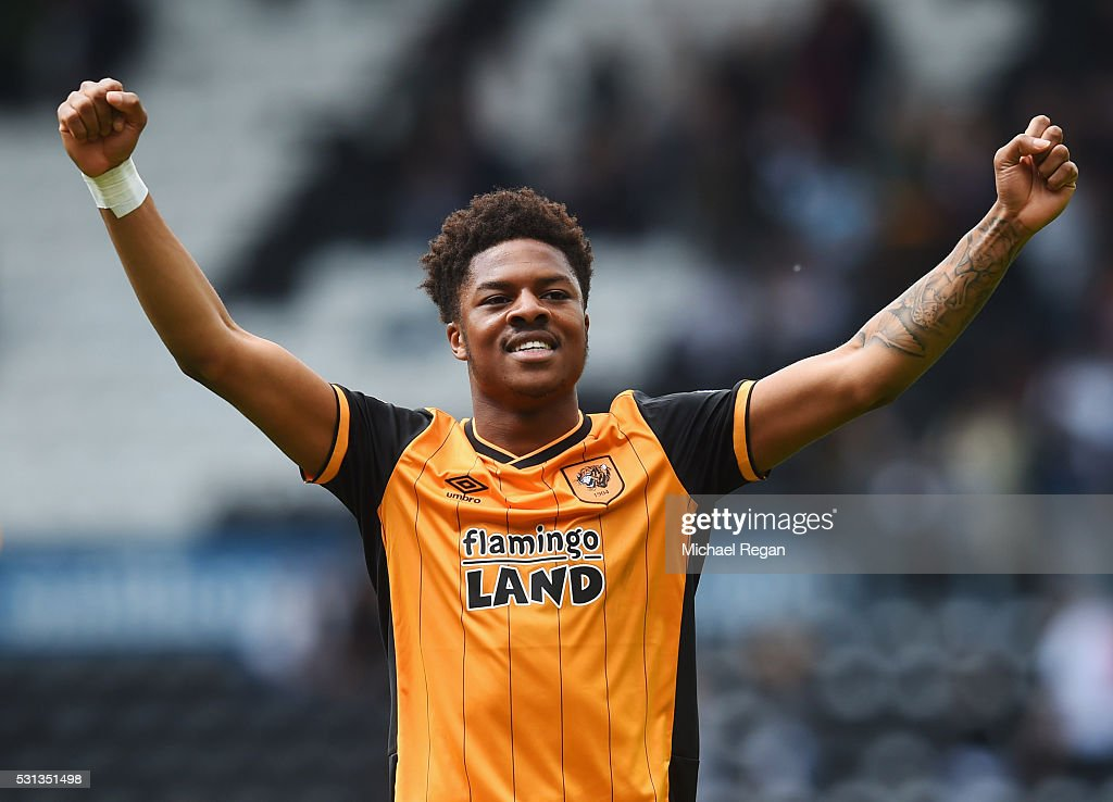 Chuba Akpom of Hull City celebrates victory after the Sky Bet Championship Play Off semi final first leg match between Derby County and Hull City at the iPro Stadium on May 14, 2016 in Derby, England.