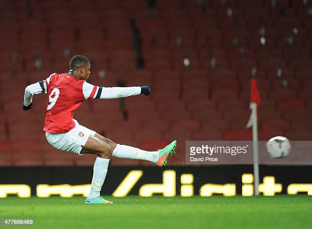 Chuba Akpom scores Arsenal's 2nd goal during the match between Arsenal and Everton in the FA Youth Cup 6th Round at Emirates Stadium on March 10 2014...
