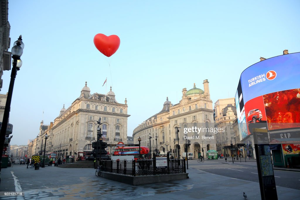 Chubby Hearts Over London