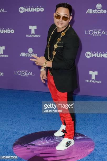Chucho Flash arrives at Telemundo's 2017 'Premios Tu Mundo' at American Airlines Arena on August 24 2017 in Miami Florida