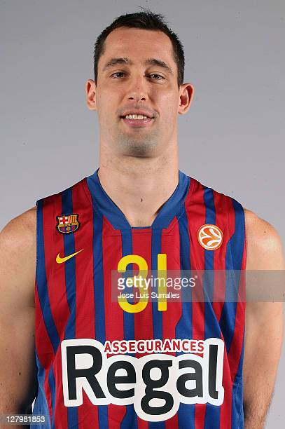 Chuck Eidson #31 poses during the FC Barcelona Regal 2011/2012 Turkish Airlines Euroleague Basketball Media day at palau Blaugrana on October 4 2011...