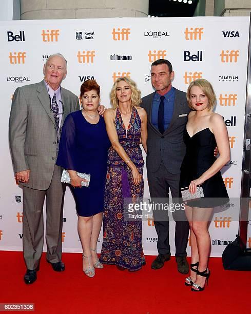 Chuck Wepner Linda Wepner Naomi Watts Liev Schreiber and Elisabeth Moss attend 'The Bleeder' premiere during the 2016 Toronto International Film...