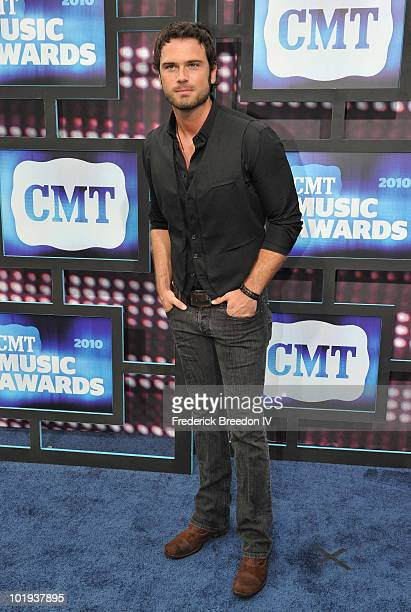 Chuck Wicks attends the 2010 CMT Music Awards at the Bridgestone Arena on June 9 2010 in Nashville Tennessee