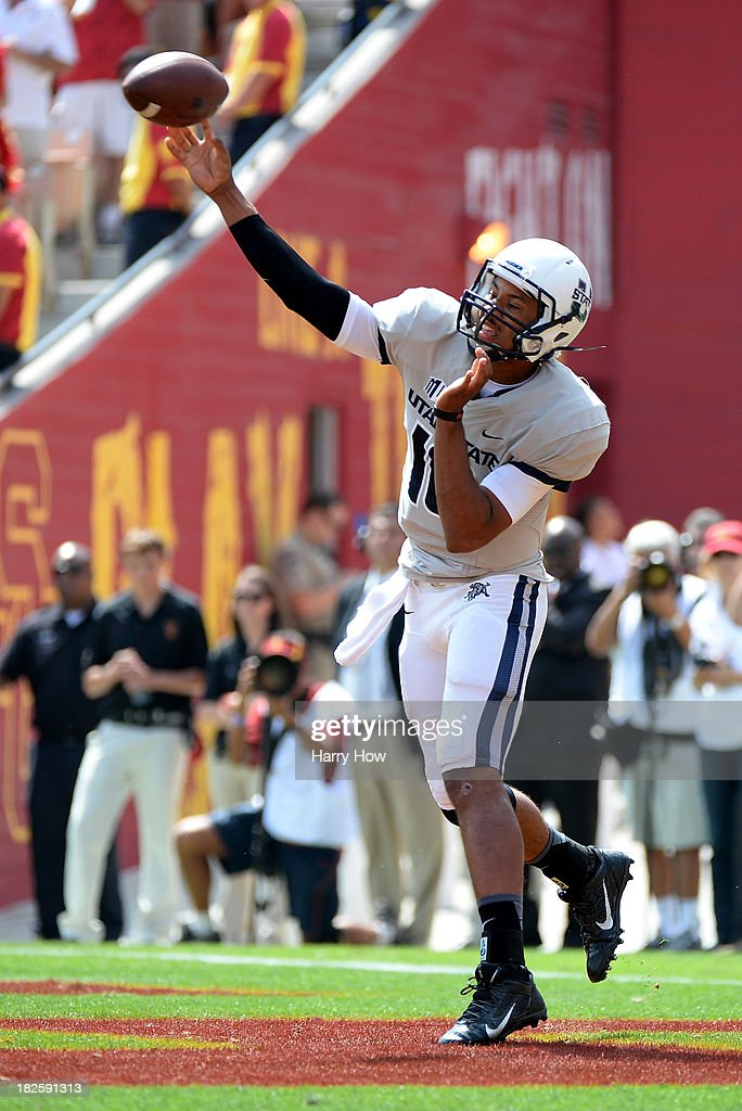 Utah State v USC : News Photo