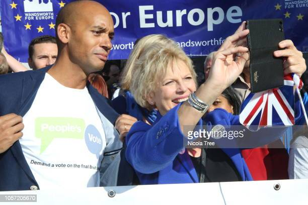 Chuka Umunna Labour MP for Streatham and Anna Soubry conservative MP for Broxtowe attends on October 20 2018 in London England Hundreds of thousands...