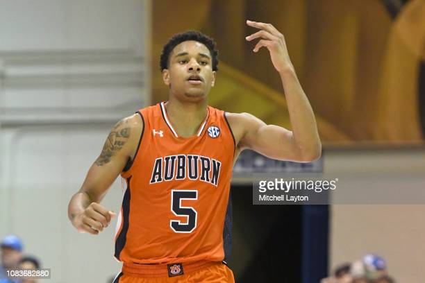 Chuma Okeke of the Auburn Tigers celebrtes a shot during a second round game of Maui Invitational college basketball game against the Duke Blue...