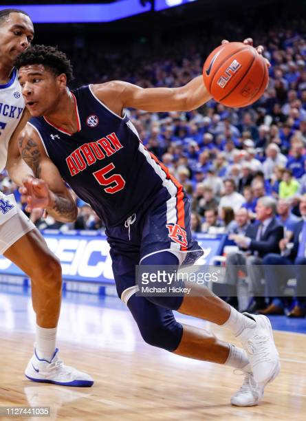 Chuma Okeke of the Auburn Tigers drives to the basket during the game against the Kentucky Wildcats at Rupp Arena on February 23 2019 in Lexington...