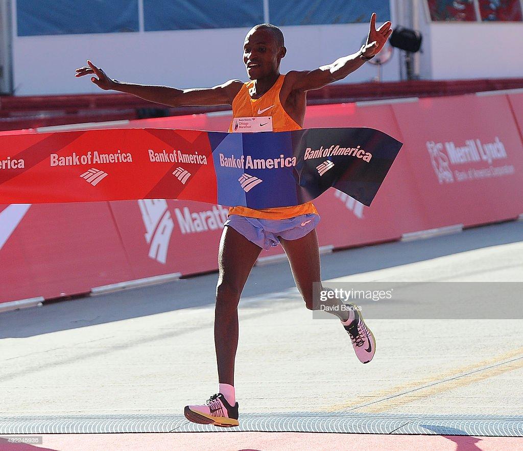 2015 Bank of America Chicago Marathon : News Photo