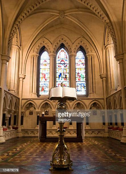 church alter - nave stock pictures, royalty-free photos & images
