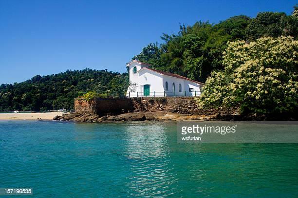 Iglesia en la playa