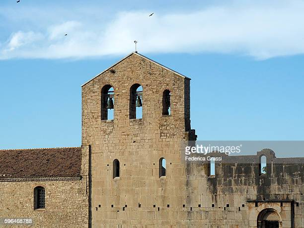 church bells of the unfinished abbey of the santissima trinità in venosa, basilicata region, southern italy - バシリカータ ストックフォトと画像