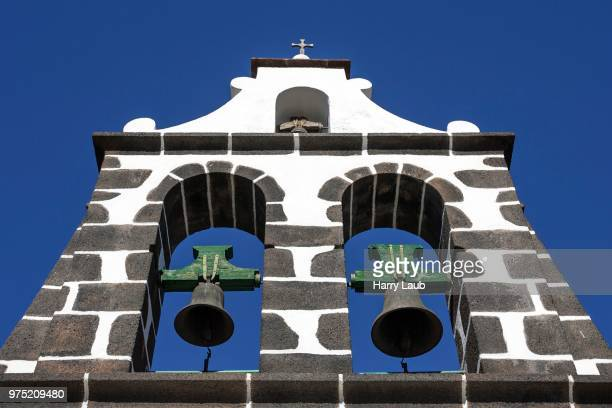 church bells of the virgen de candelaria igelsia church, tijarafe, la palma, canary islands, spain - virgen de la candelaria fotografías e imágenes de stock