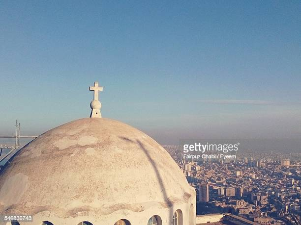 church dome and cityscape in background - oran algeria photos et images de collection