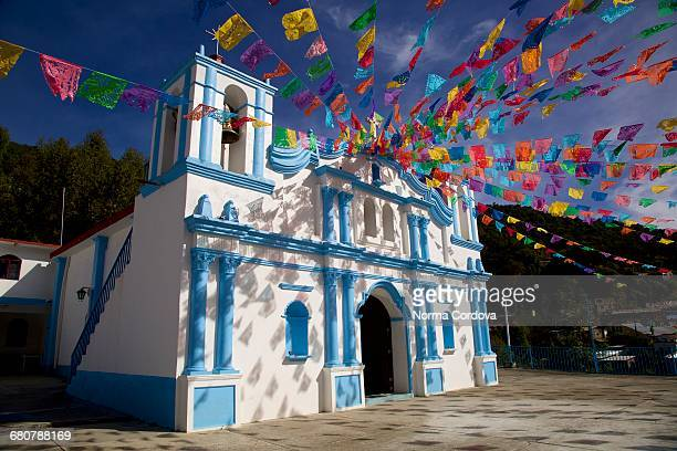 church in sierra norte, oaxaca, mexico - oaxaca stock pictures, royalty-free photos & images