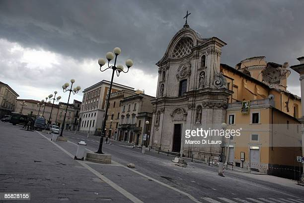 L'AQUILA ITALY APRIL 06 A church is damaged after an earthquake on April 6 2009 in L'Aquila Italy The 63 magnitude earthquake tore through central...