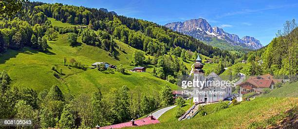 church maria gern near berchtesgaden - berchtesgaden stock pictures, royalty-free photos & images