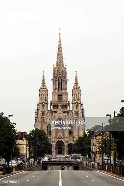ノートルダム教会デラーケンブリュッセルで - ラーケン ストックフォトと画像