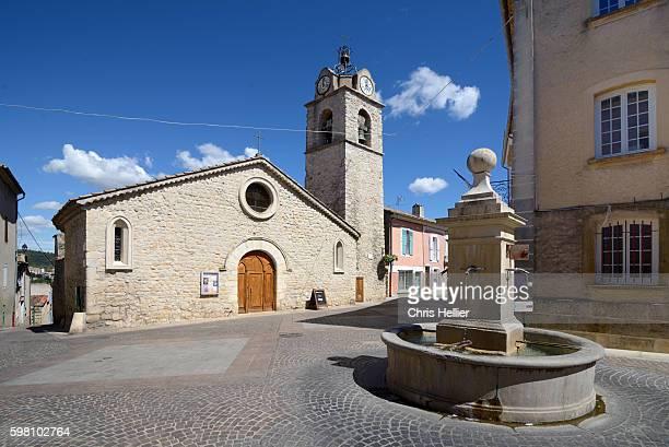 church notre-dame-des-ormes greoux-les-bains - alpes de haute provence stock pictures, royalty-free photos & images