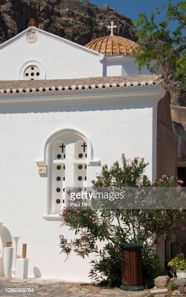 church of elkomenos christos in monemvasia, peloponnese, greece - monemvasia - fotografias e filmes do acervo