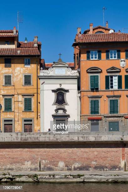 church of madonna dei galletti in pisa - gwengoat stock pictures, royalty-free photos & images