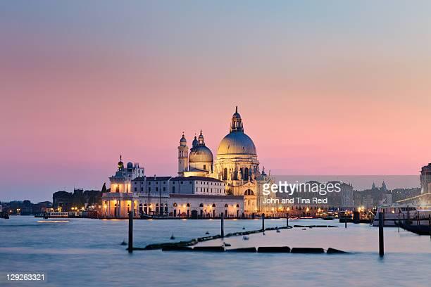 church of most holy redeemer - grande canal veneza - fotografias e filmes do acervo