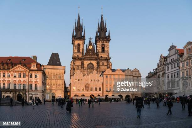 church of our lady before tyn by the old town square in prague - didier marti stock-fotos und bilder