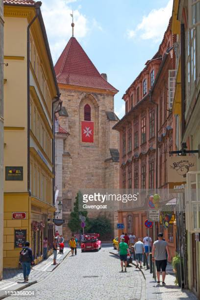 church of our lady under the chain in prague - gwengoat stock pictures, royalty-free photos & images