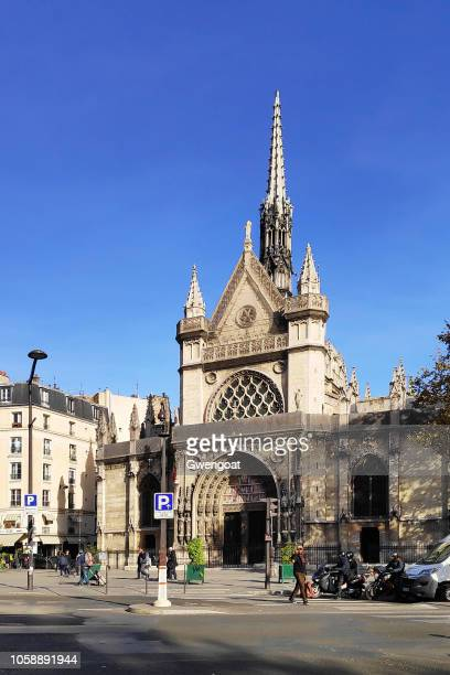 church of saint-laurent in paris - gwengoat stock pictures, royalty-free photos & images