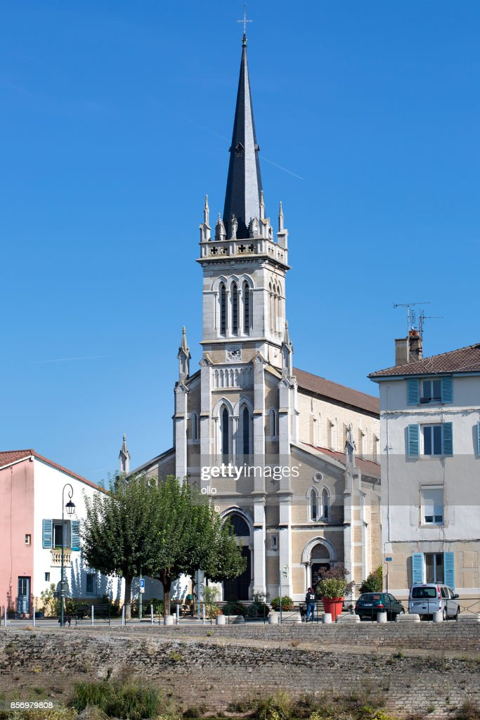 Église de Saint-Laurent, Saint-Laurent-sur-Saône : Stock Photo