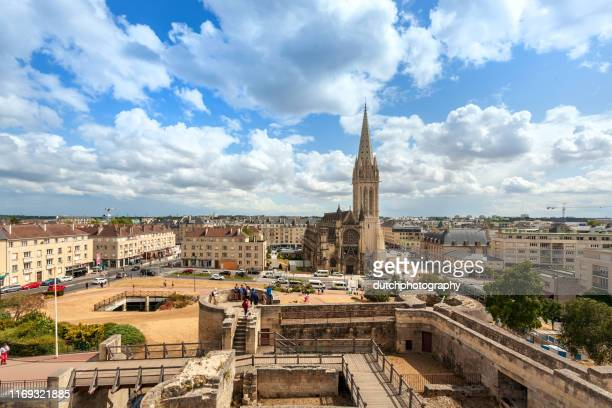 church of saint-pierre in caen, normandy - calvados stock pictures, royalty-free photos & images