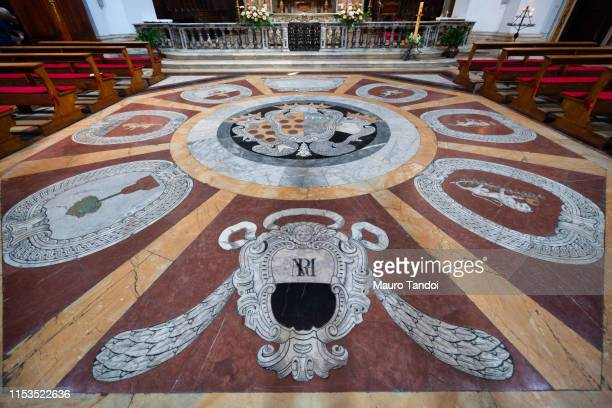 church of santa maria in provenzano, siena, tuscany, italy - mauro tandoi stock pictures, royalty-free photos & images