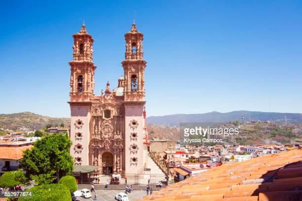 church of santa prisca, taxco de alarcon, mexico - puebla state stock pictures, royalty-free photos & images